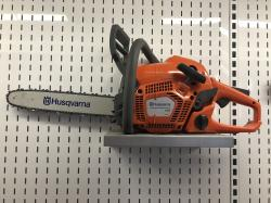 02) Husqvarna 135 Chainsaw